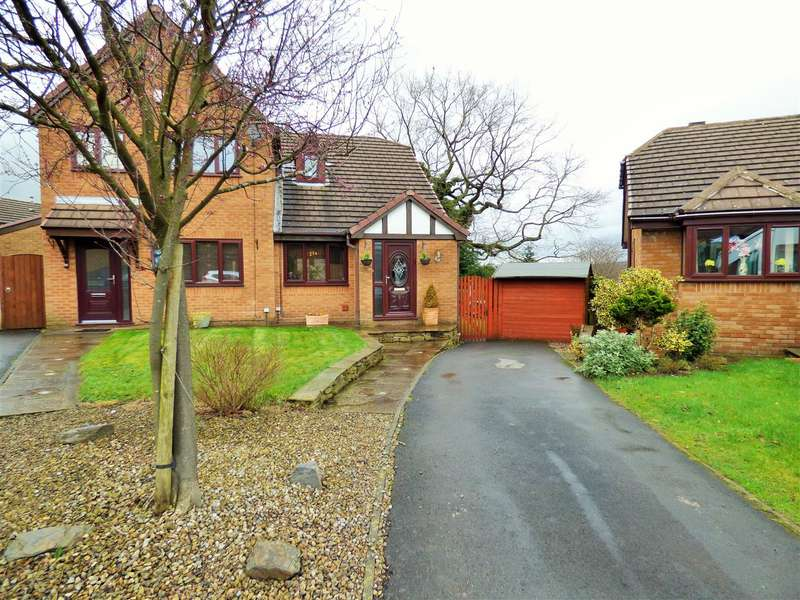 2 Bedrooms Semi Detached Bungalow for sale in Westwood Road, Burnley