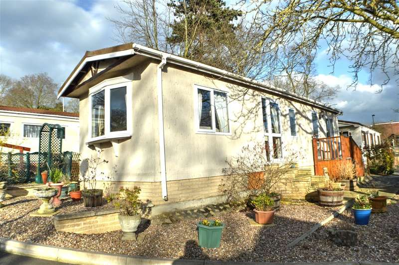 1 Bedroom Park Home Mobile Home for sale in Westgate Park, Sleaford