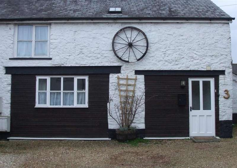 2 Bedrooms Cottage House for sale in Barnstaple Street, South Molton