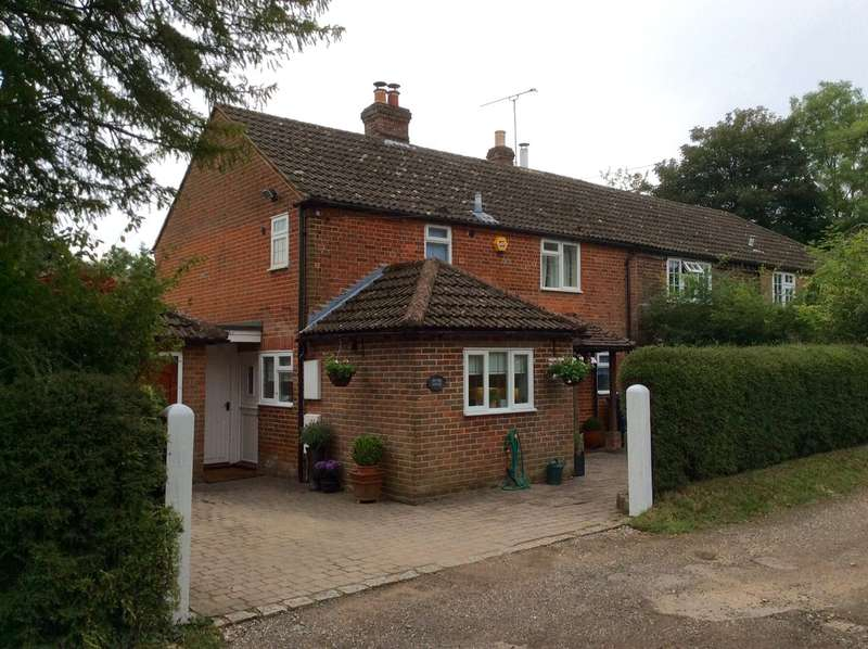 3 Bedrooms Semi Detached House for sale in Church Lane, Bledlow Ridge, High Wycombe, Buckinghamshire, HP14