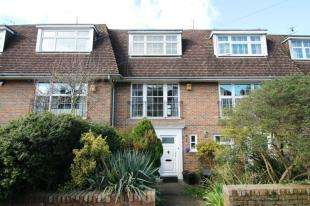 4 Bedrooms Terraced House for sale in Cornwall Gardens, Brighton, East Sussex