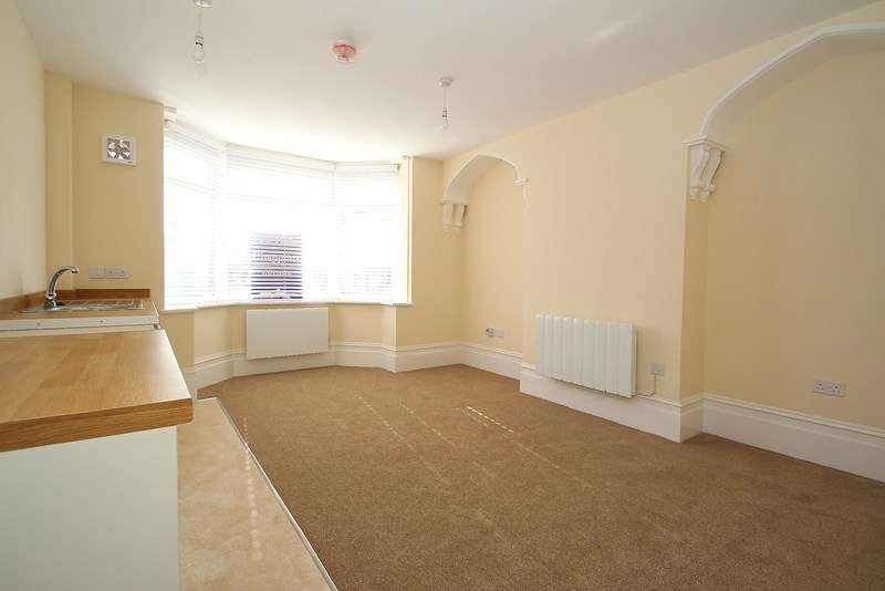 1 Bedroom Apartment Flat for sale in 229 West Street, Fareham