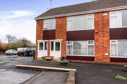 2 Bedrooms Flat for sale in Settle Court, Lytham St. Annes, Lancashire, England, FY8
