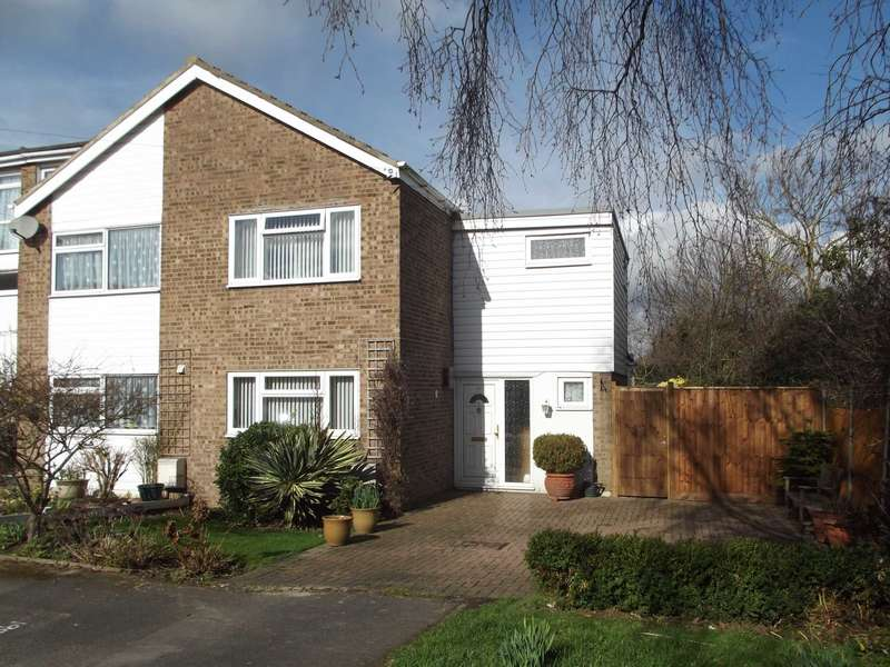3 Bedrooms Semi Detached House for sale in Tennyson Road, Maldon