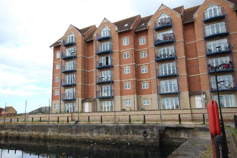 2 Bedrooms Flat for sale in Mayflower House, Hartlepool