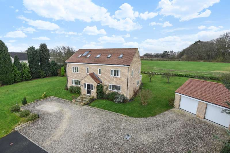 6 Bedrooms Detached House for sale in Scarthingwell Park, Barkston Ash, Tadcaster, LS24 9PG