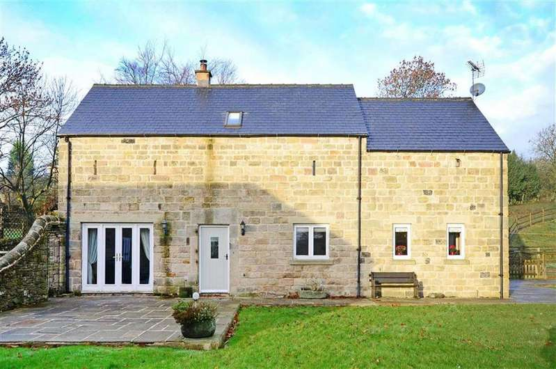 3 Bedrooms Barn Conversion Character Property for sale in The Stables, Hodge Lane, Uppertown, Chesterfield, Derbyshire, S45