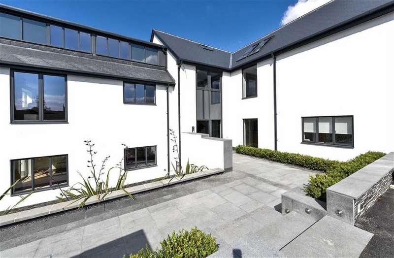 3 Bedrooms Flat for sale in 131 Wigton Lane, Alwoodley, LS17