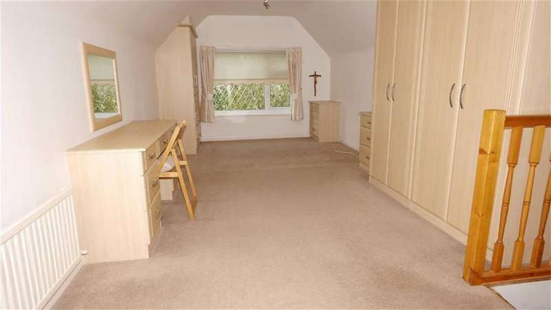 3 Bedrooms Detached Bungalow for sale in Wepre Lane, Connah's Quay, Deeside, Flintshire