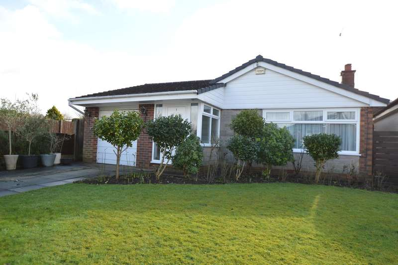 3 Bedrooms Detached Bungalow for sale in Hillsborough Drive, Unsworth, Bury, BL9