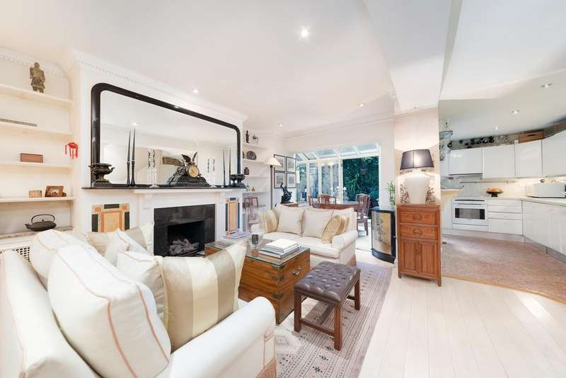1 Bedroom Flat for sale in Draycott Place, SW3