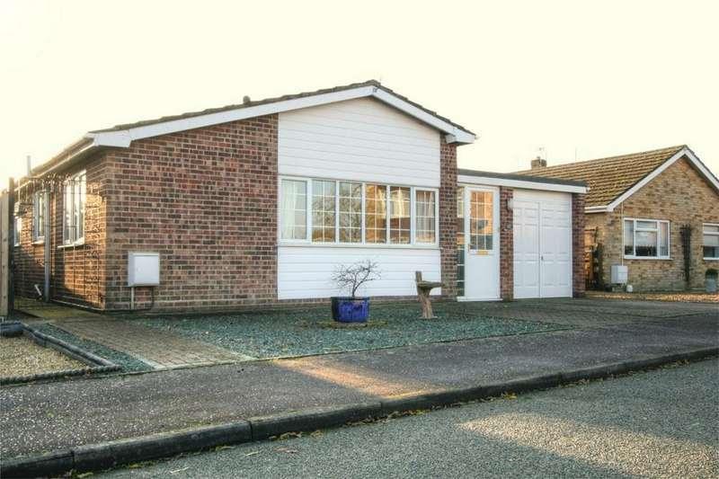 3 Bedrooms Detached Bungalow for sale in Poplar Way, ATTLEBOROUGH, Norfolk