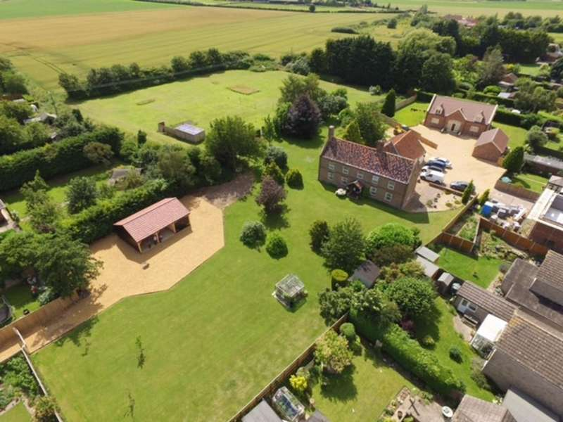 4 Bedrooms Farm House Character Property for sale in East View Farm, Clenchwarton, Norfolk
