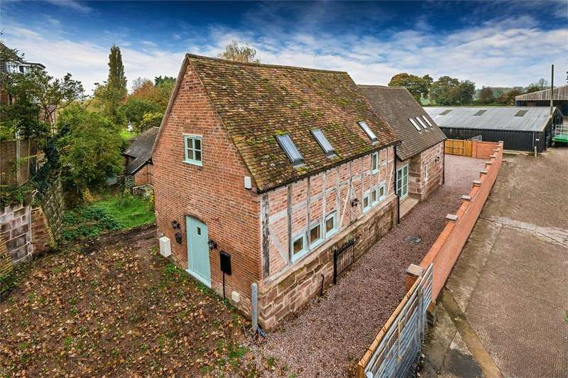3 Bedrooms Barn Conversion Character Property for sale in Crescent Farm Barn, Waters Upton, Telford, Shropshire