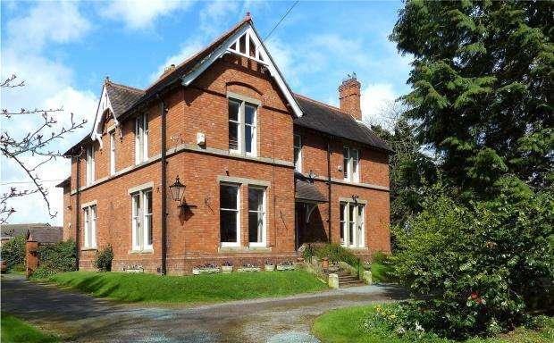 6 Bedrooms Detached House for sale in Forncet, Soulton Road, Wem