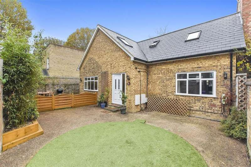 3 Bedrooms House for sale in Tredegar Road, Bow, London, E3