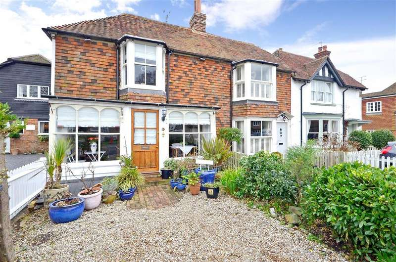 2 Bedrooms Semi Detached House for sale in The Street, Appledore, Ashford, Kent