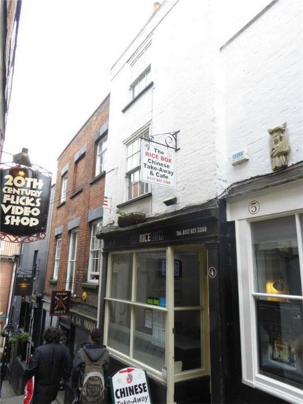 2 Bedrooms Terraced House for sale in Christmas Steps, Bristol