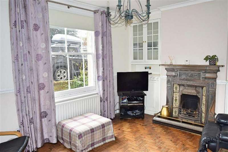 2 Bedrooms Semi Detached House for sale in Hartslands Road, Sevenoaks, TN13