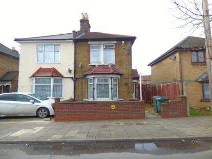 House for sale in Walthamstow, London, Uk