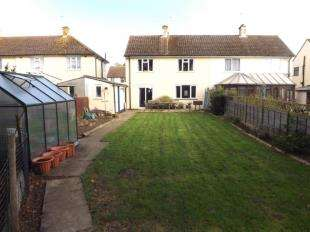 3 Bedrooms Semi Detached House for sale in St. Stephens Walk, Ashford, Kent, Uk