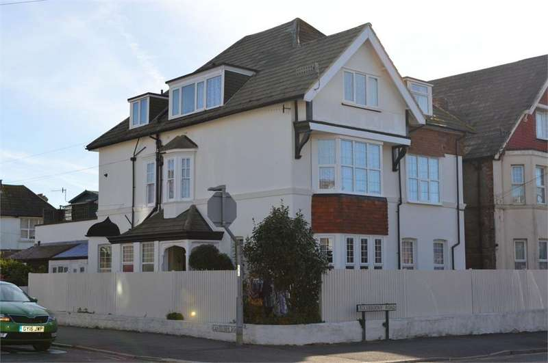 3 Bedrooms Maisonette Flat for sale in Cantelupe Road, Bexhill on Sea
