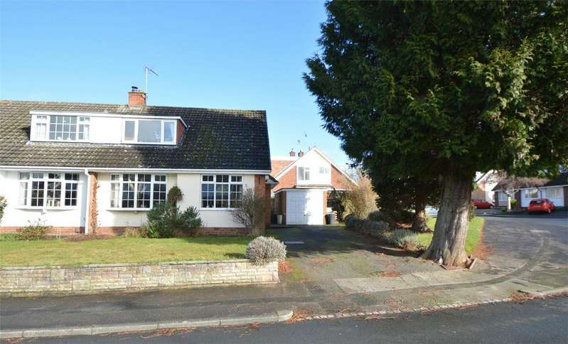 3 Bedrooms Semi Detached House for sale in Milestone Drive, Hagley, Stourbridge, Worcestershire