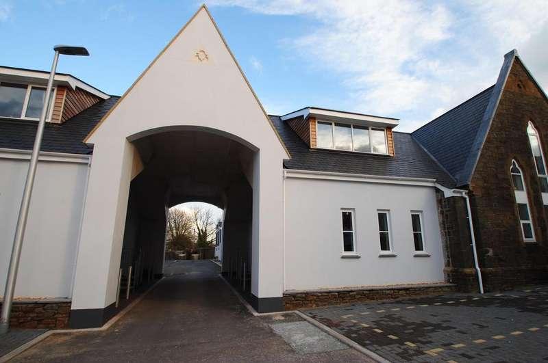2 Bedrooms Terraced House for sale in Bluecoat Villas, Torrington