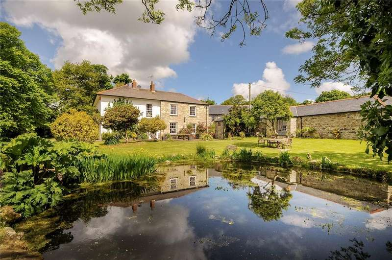 5 Bedrooms House for sale in Lower Treluswell Farm, Lower Treluswell, Falmouth, Cornwall, TR10