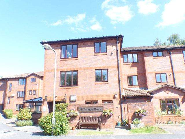1 Bedroom Retirement Property for sale in St Georges Court,Clarence Road,Four Oaks