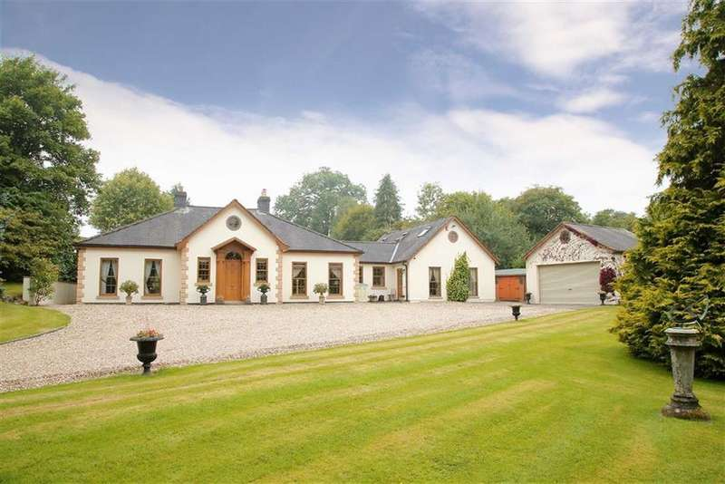 4 Bedrooms Country House Character Property for sale in Penybontfawr, SY10
