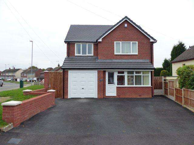 4 Bedrooms Detached House for sale in Hillside,Brownhills,Walsall