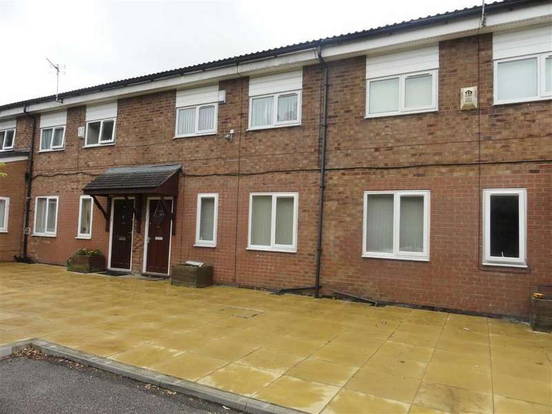 2 Bedrooms Flat for sale in Haddon Road, Heald Green