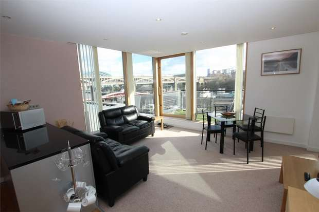 2 Bedrooms Flat for rent in Quayside Lofts, 62 The Close, Newcastle upon Tyne, Tyne and Wear