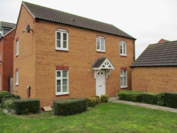 3 Bedrooms Detached House for sale in Shalford Road Leicester