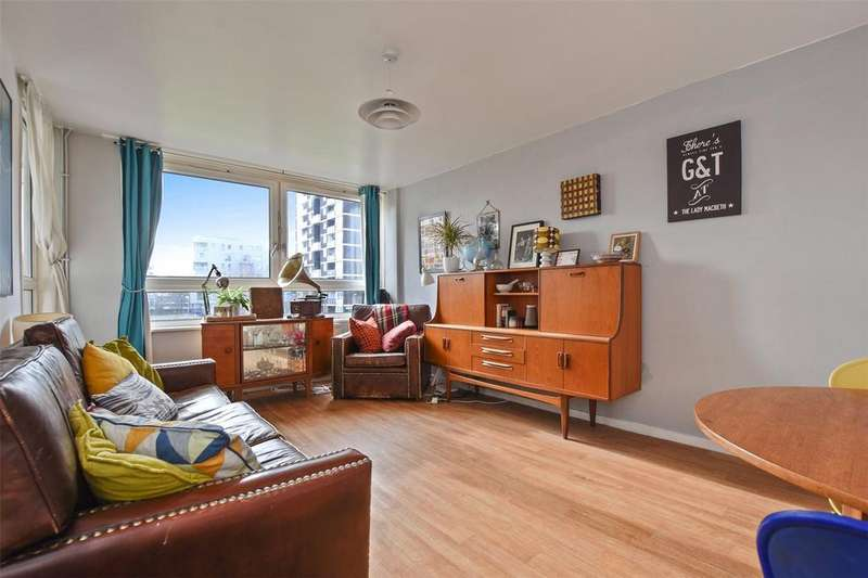 3 Bedrooms Flat for sale in St. Brelades Court, De Beauvoir Estate, London, N1