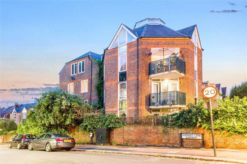 2 Bedrooms Flat for sale in Ridings Close, Highgate, London