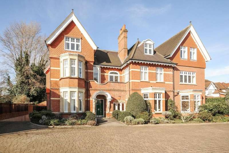 2 Bedrooms Flat for sale in Arthur Road, Wimbledon, SW19