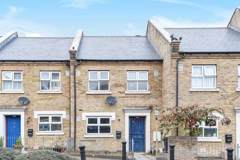 3 Bedrooms Terraced House for sale in Balmore Close, Poplar, E14
