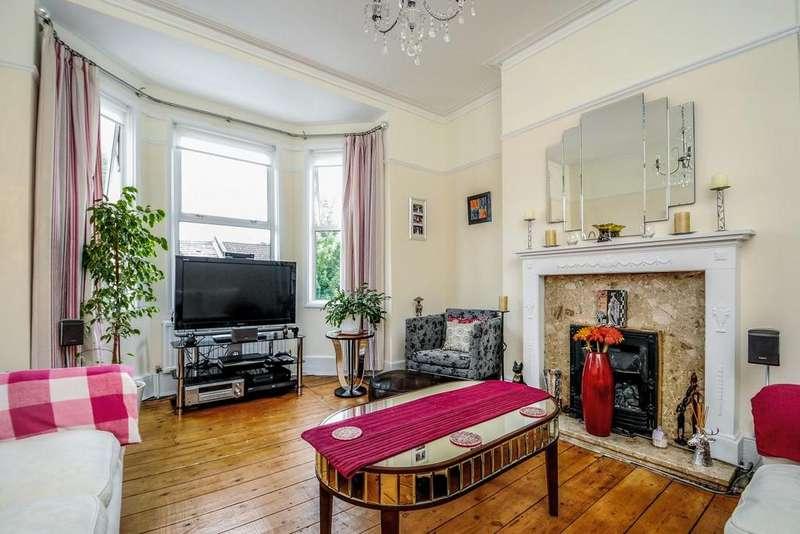 3 Bedrooms Maisonette Flat for sale in Casewick Road, West Norwood, SE27