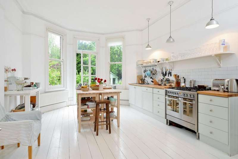 6 Bedrooms Detached House for sale in Palace Road, Tulse Hill, SW2