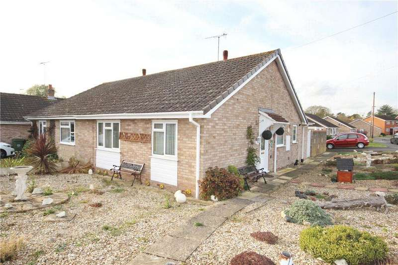 2 Bedrooms Semi Detached Bungalow for sale in Columbia Drive, Worcester, Worcestershire, WR2