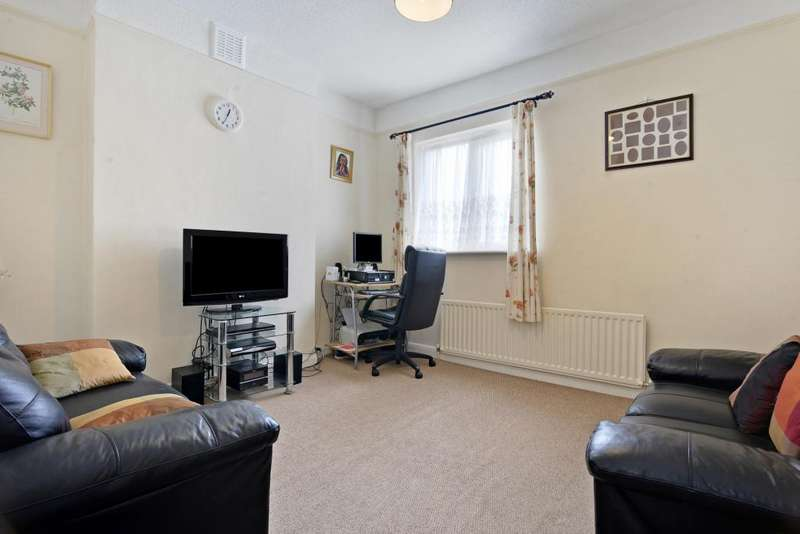 2 Bedrooms Flat for sale in Hillcourt Road, East Dulwich, London, SE22