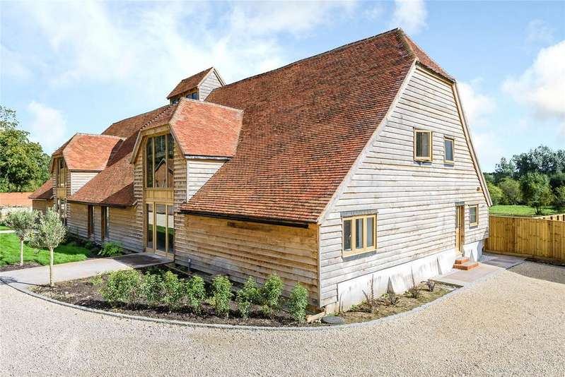 4 Bedrooms Barn Conversion Character Property for sale in The Street, Greywell, Hook, Hampshire
