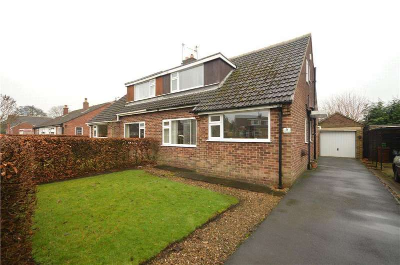 3 Bedrooms Semi Detached House for sale in Victoria Close, Yeadon, Leeds, West Yorkshire
