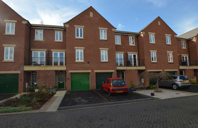 4 Bedrooms Town House for sale in St Leonards, Exeter