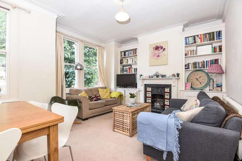2 Bedrooms Flat for sale in Sellincourt Road, Tooting, SW17