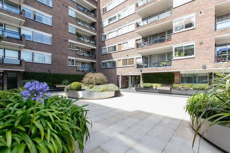 1 Bedroom Apartment Flat for sale in Campden Hill Road, Kensington W8