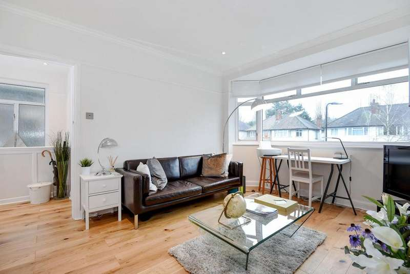 2 Bedrooms Maisonette Flat for sale in Connell Crescent, Ealing, W5