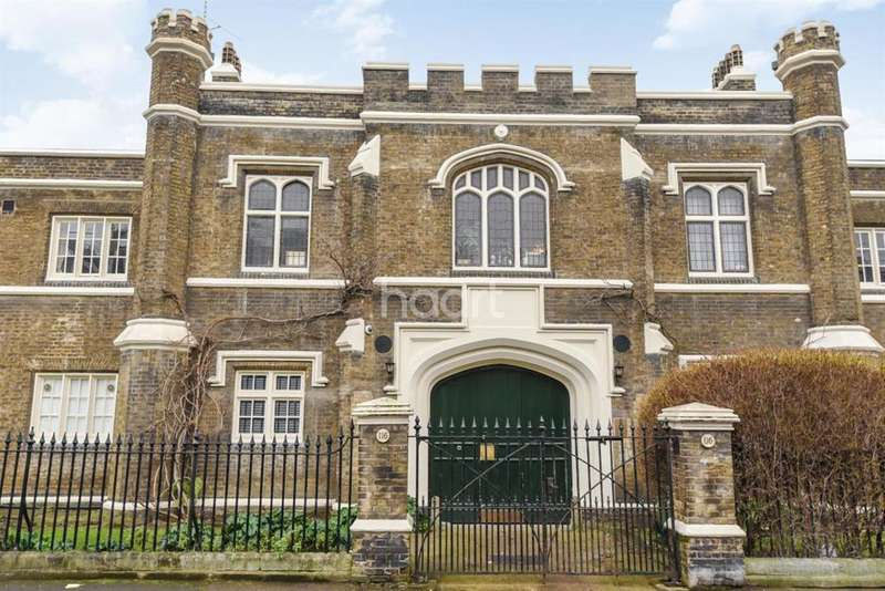 Studio Flat for sale in Pilgrims Cloisters, Sedgmoor Place, Camberwell SE5
